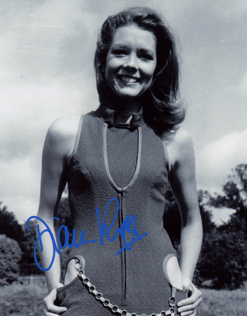 DIANA RIGG IN PERSON SIGNED PHOTO FROM THE AVENGERS