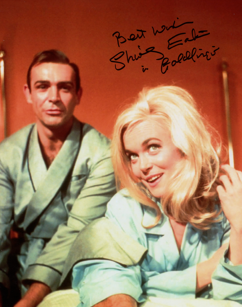 SHIRLEY EATON BEHIND THE SCENES IN PERSON SIGNED PHOTO FROM THE1964 JAMES BOND FILM GOLDFINGER