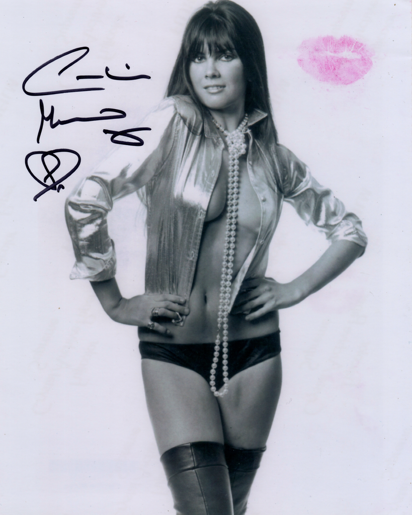 CAROLINE MUNRO IN PERSON SIGNED PHOTO WITH LIPSTICK LIP PRINT,STARRED AS NAOMI IN JAMES BOND'S THE SPY WHO LOVED ME