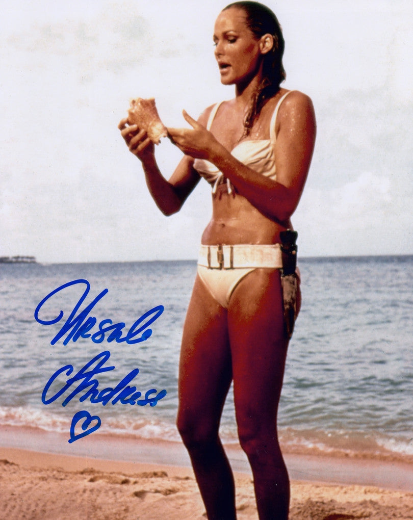 JAMES BOND GIRL URSULA ANDRESS DR NO IN PERSON SIGNED PHOTO