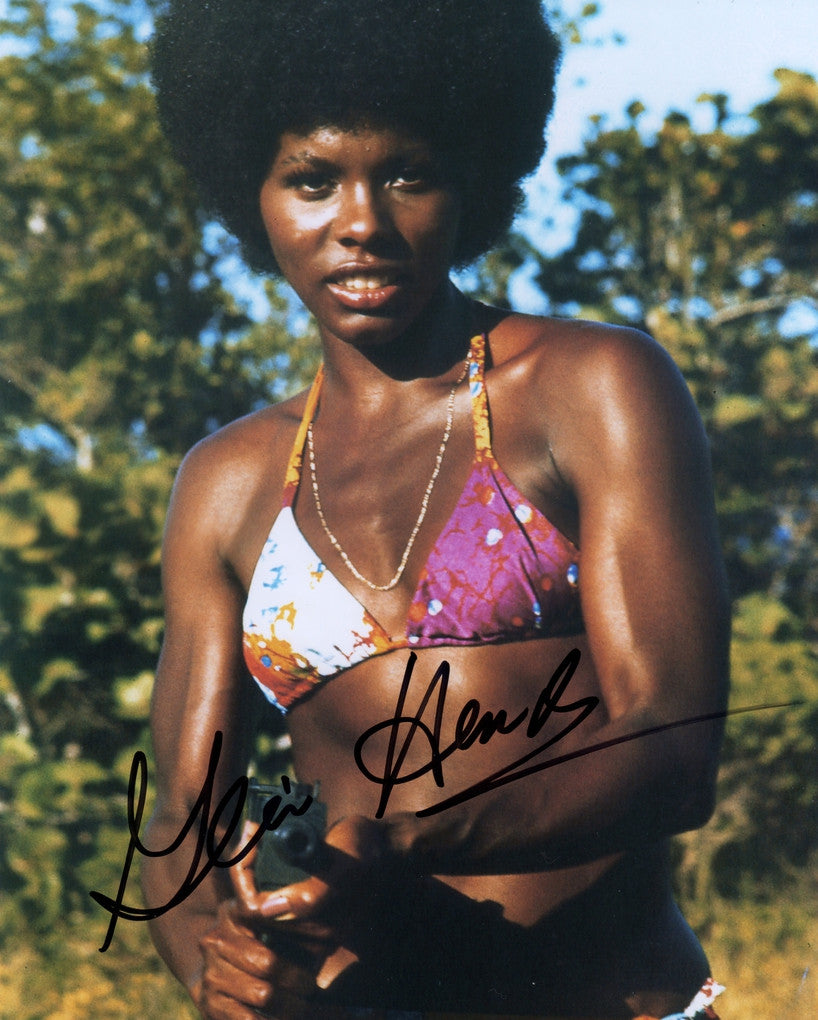 JAMES BOND GIRL GLORIA HENDRY LIVE & LET DIE AUTOGRAPHED PHOTO