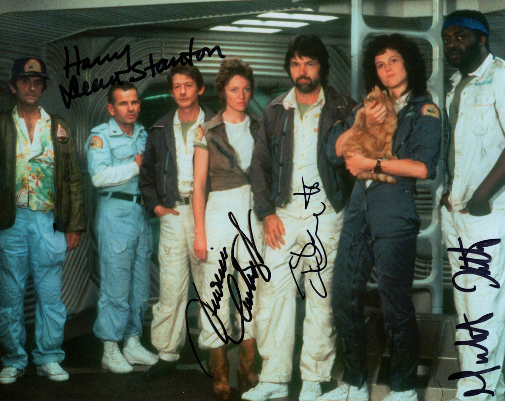 ALIEN SIGNED IN PERSON PHOTO BY / TOM SKERRITT , VERINICA CARTWRIGHT , HARRY DEAN STANTON & YAPHET KOTTO
