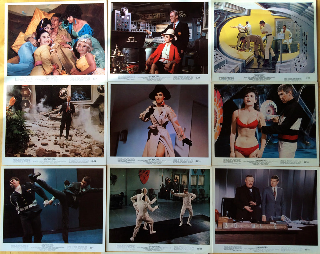 JAMES COBURN OUR MAN FLINT ORIGINAL COLOR PHOTOS 10