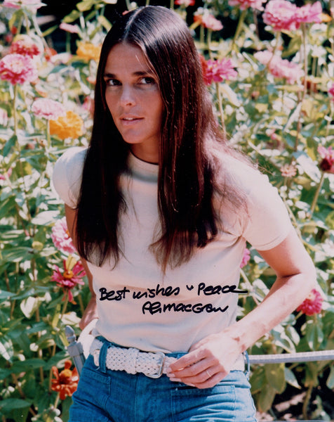 ALI MACGRAW SIGNED IN PERSON PHOTO