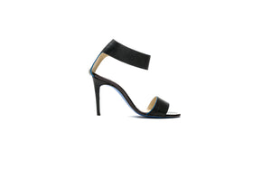 MAAN Black Sandal - Timeless Favourite