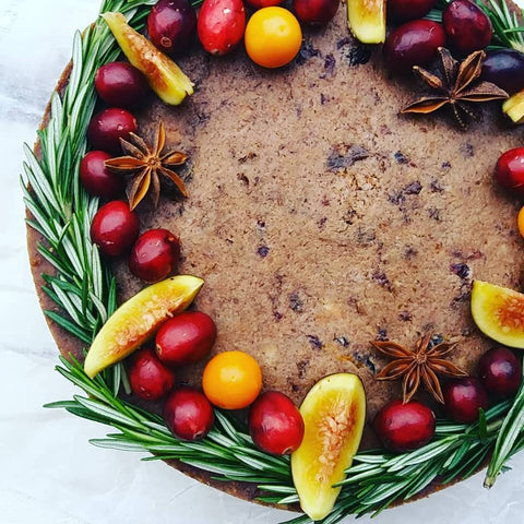 Christmas cake with marzipan middle layer