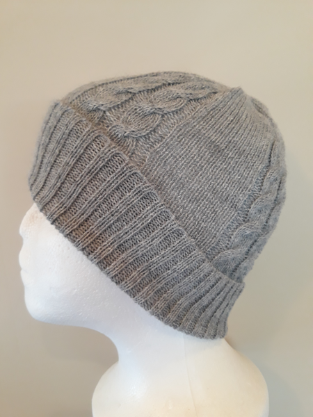 Alpaca Beanie - Cable Knit Gray