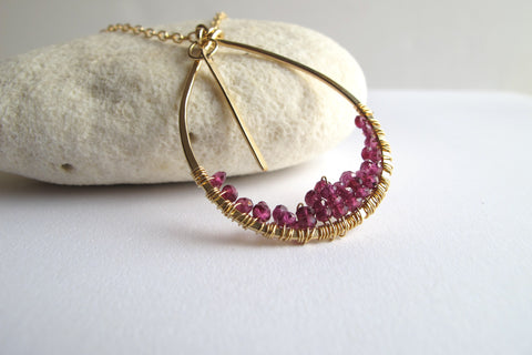 Floweredsky Gold Waterfall Necklace - Garnet