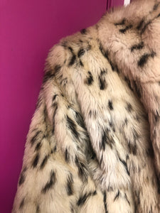 Queen Ragine Leopard Coat Size M