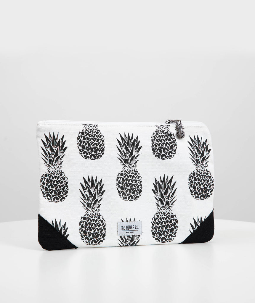 Hawaiian Clutch bag - Black Pineapple print
