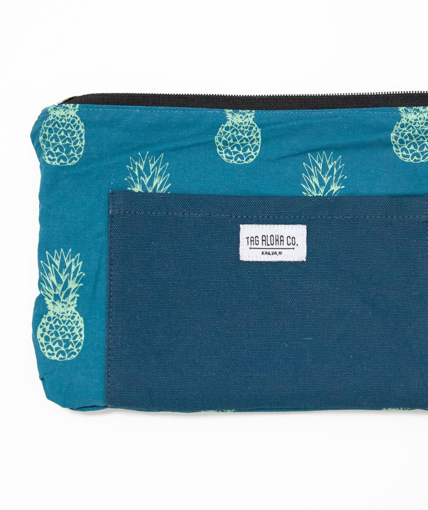 Hawaiian Clutch bag - Pineapple inside pocket