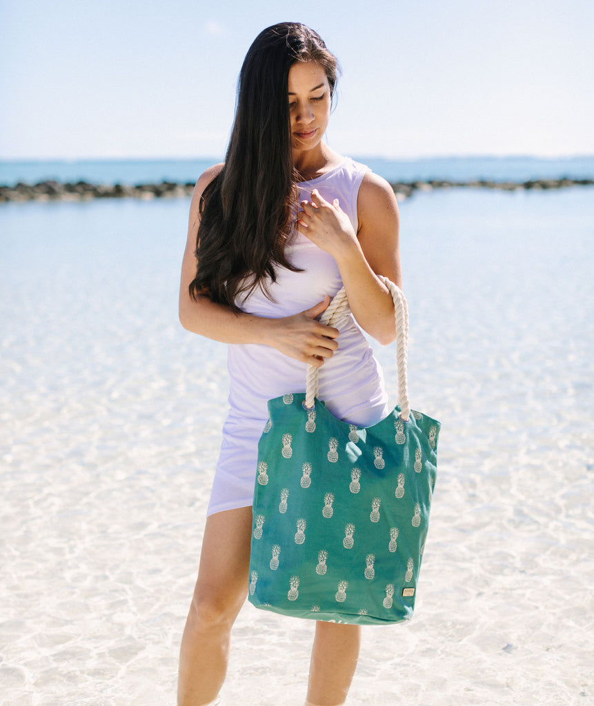Canvas Beach tote - Hawaii Pineapple print