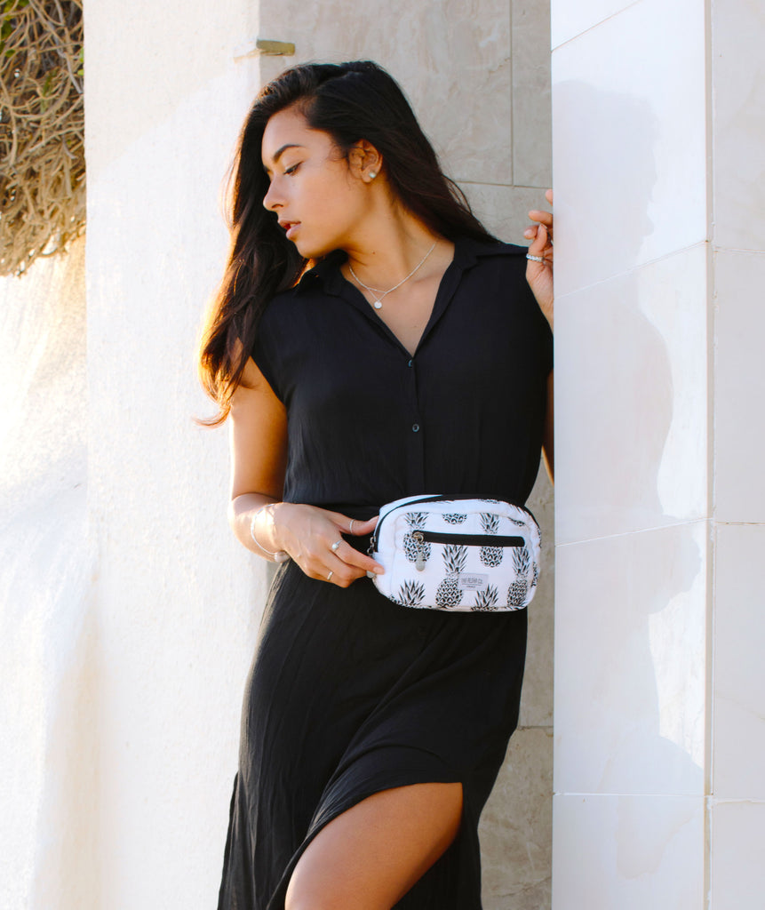 Hawaii Crossbody bag Fanny pack - Black pineapple print