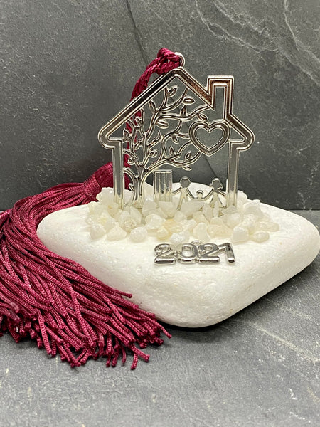Silver Table Top Metal Home on Marble Rock with marble pebbles and large Tassel