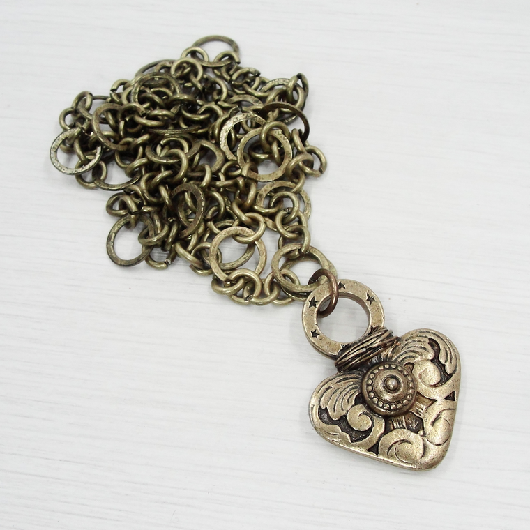 Bronze Detailed Heart Pendant Necklace