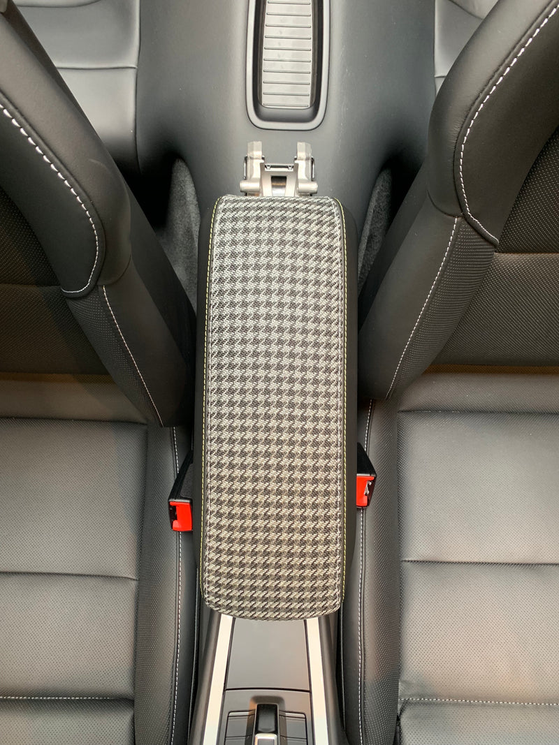 911 (991) Customization - Center Console Bin Lid (without Core Trade-in)