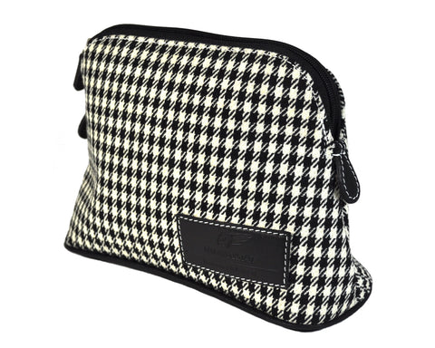 Classics - Houndstooth - MakeUp Bag / Dopp Kit