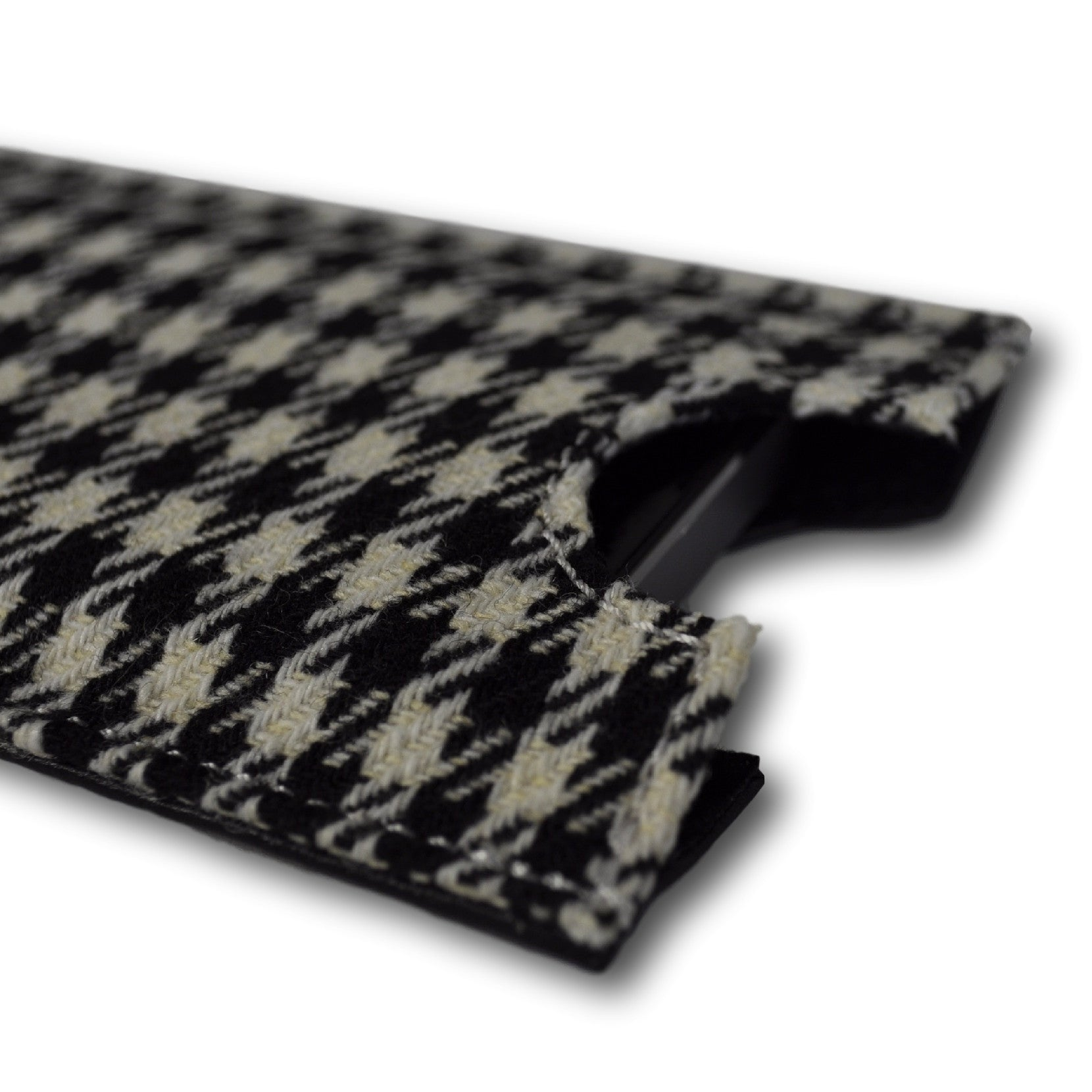 Classics - Houndstooth - Phone Cover