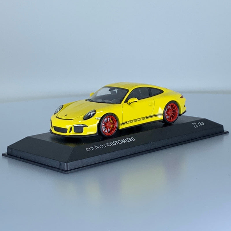 Model Cars - Porsche 911 R (991) 1/43 Minichamps 1 of 33 LE33