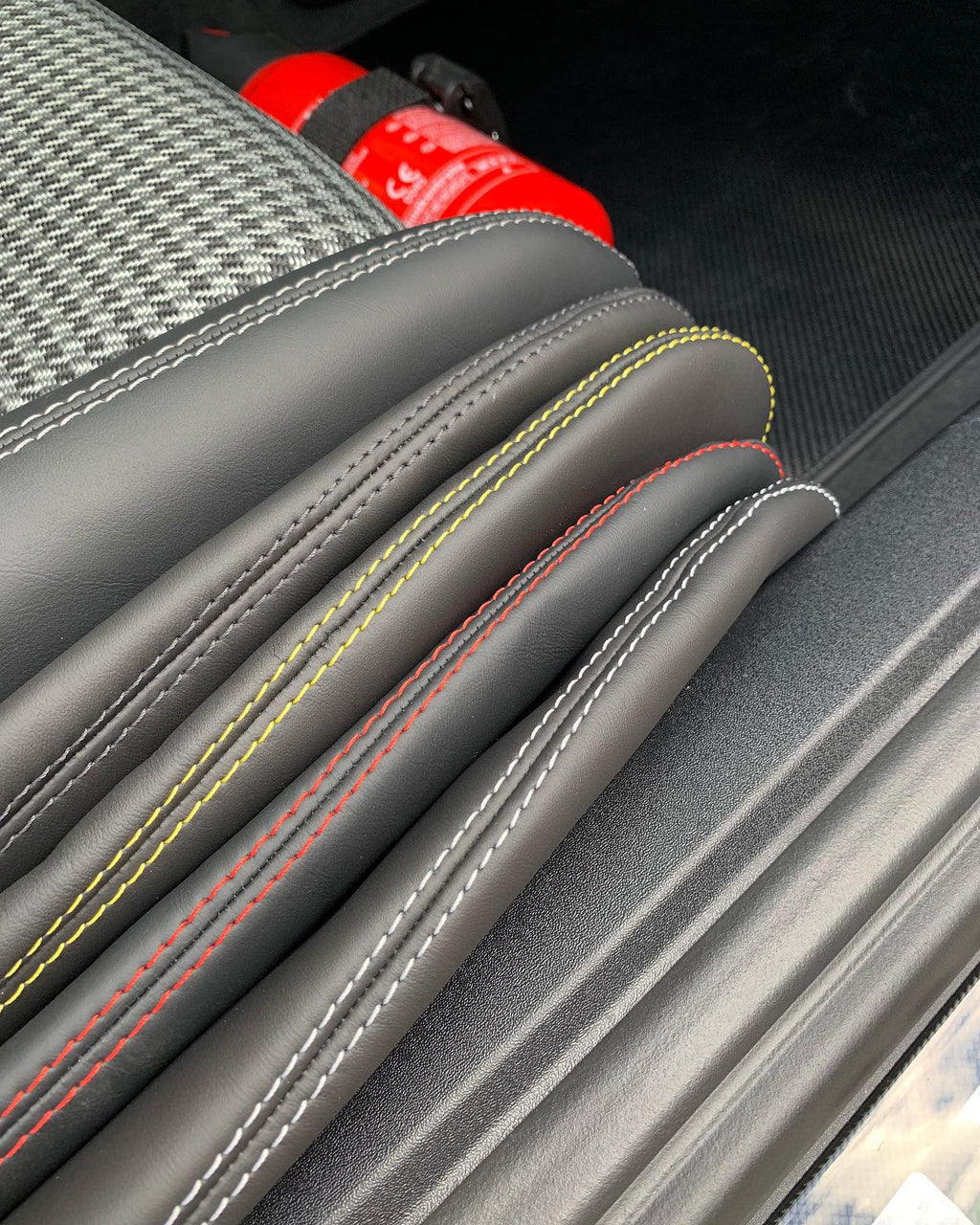 RENNWERKSTATT® Seat Bolster Protectors for Porsche Light Weight Bucket Seats