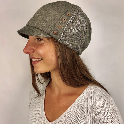 Women's hat cocoa color