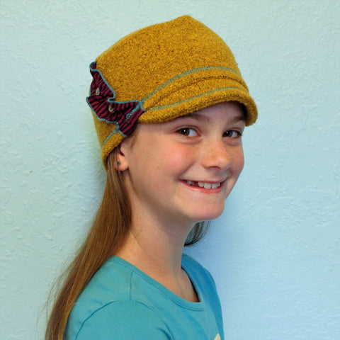 Girl's winter hat yellow color