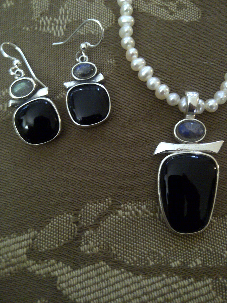 Sterling Silver Necklace with Black Onyx/Labradorite and White pearls