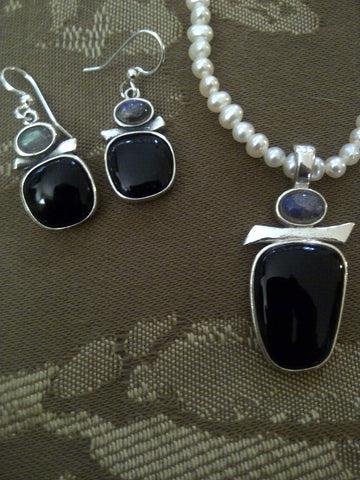 Black Onyx/Labradorite  Set