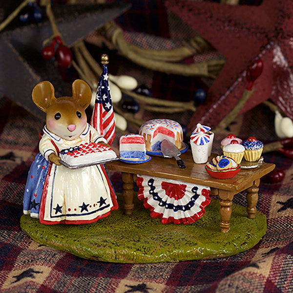 "Wee Forest Folk M-570s ""Picnic in the Park"""