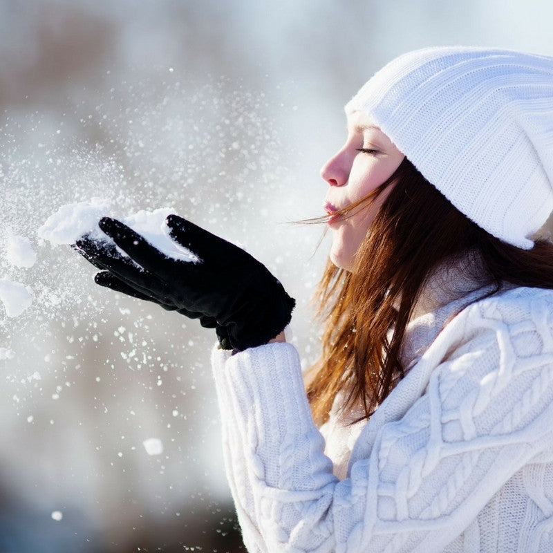 Why You Should Wear Sunscreen In The Winter, And How To Do It Right