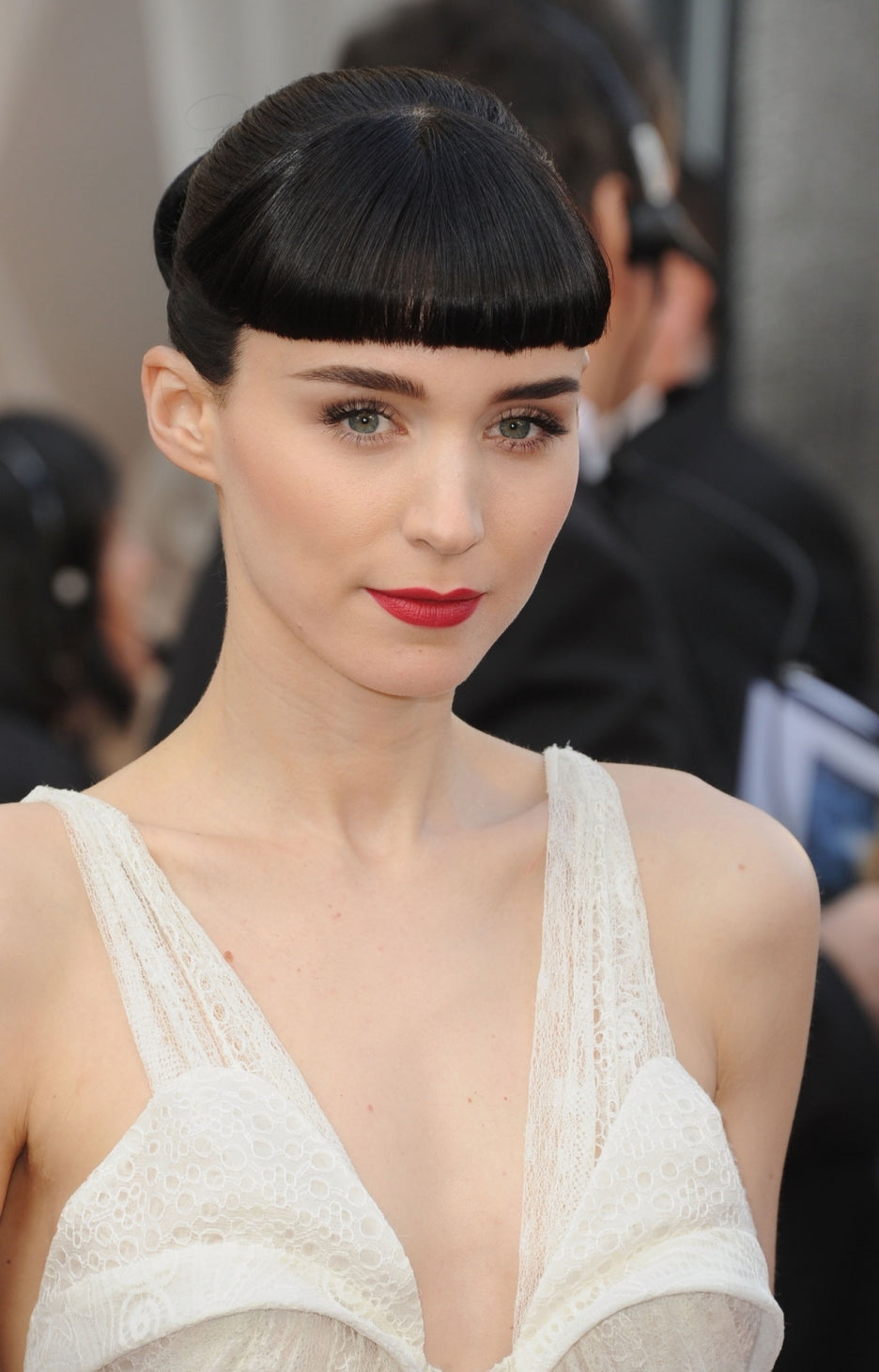 Fair & Fashionable: Our Favorite Pale Celebs – SummerSkin