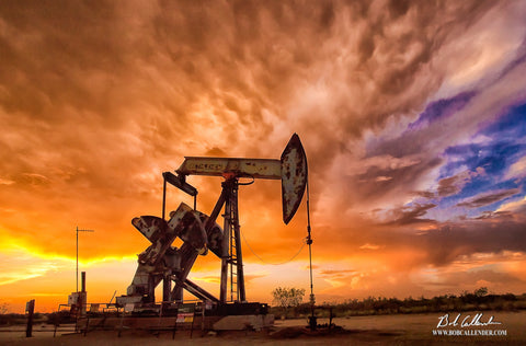 Bethlehem Pumpjack Top - Bob Callender Fine Art oil and gas art