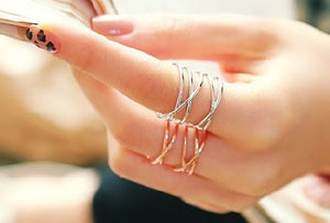 IOTC Soo Hyun Criss Cross Cut-Out Wavy Metal Ring in Silver (Model View 1)