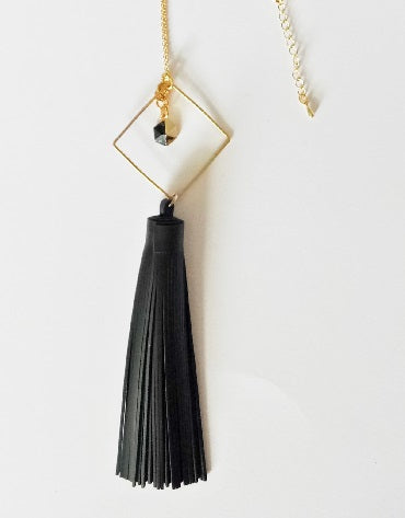 Curatelier Bonzer Black Leather Tassel Gold/Black Marble Hexagon Howlite Pendant Long Necklace