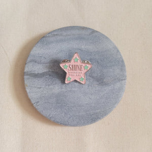 "Curatelier ""Shine Wherever You Are"" Soft Enamel Silver Plating Glitter Glow Star Badge"