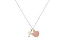 Load image into Gallery viewer, Curatelier Personalised Cubic Crystal Silver Key Pendant Rose Gold Heart Charm With Silver Rhodium Necklace - View 2