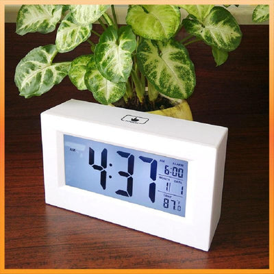 Checkmate Induction Digital Alarm Clock 15cm VGW 8775 1
