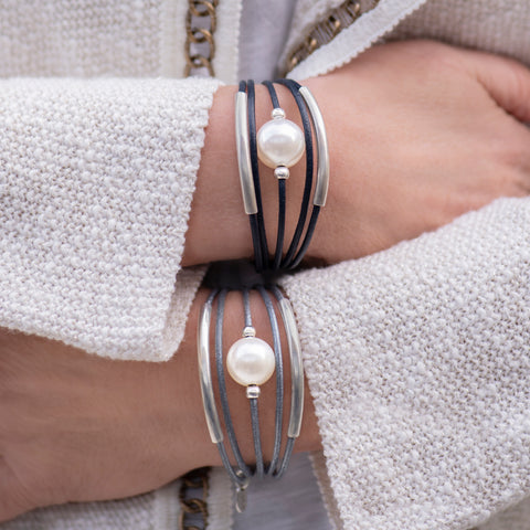 Pearl and leather tube Bracelet