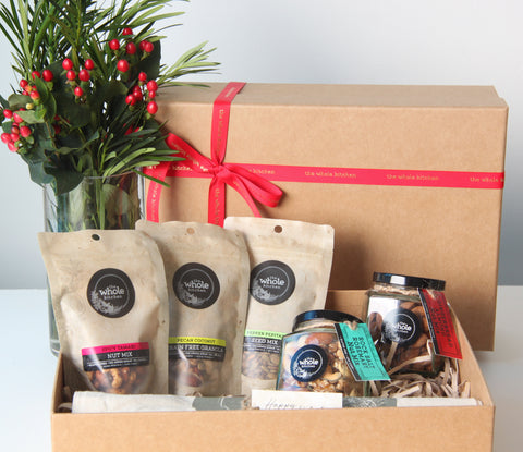 BE WELL FESTIVE HAMPER