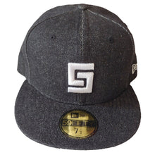 Load image into Gallery viewer, Crooks and Castles - Fitted Greco Speckle Black