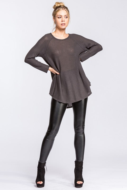 Round Neck Swing Thermal Raglan Top