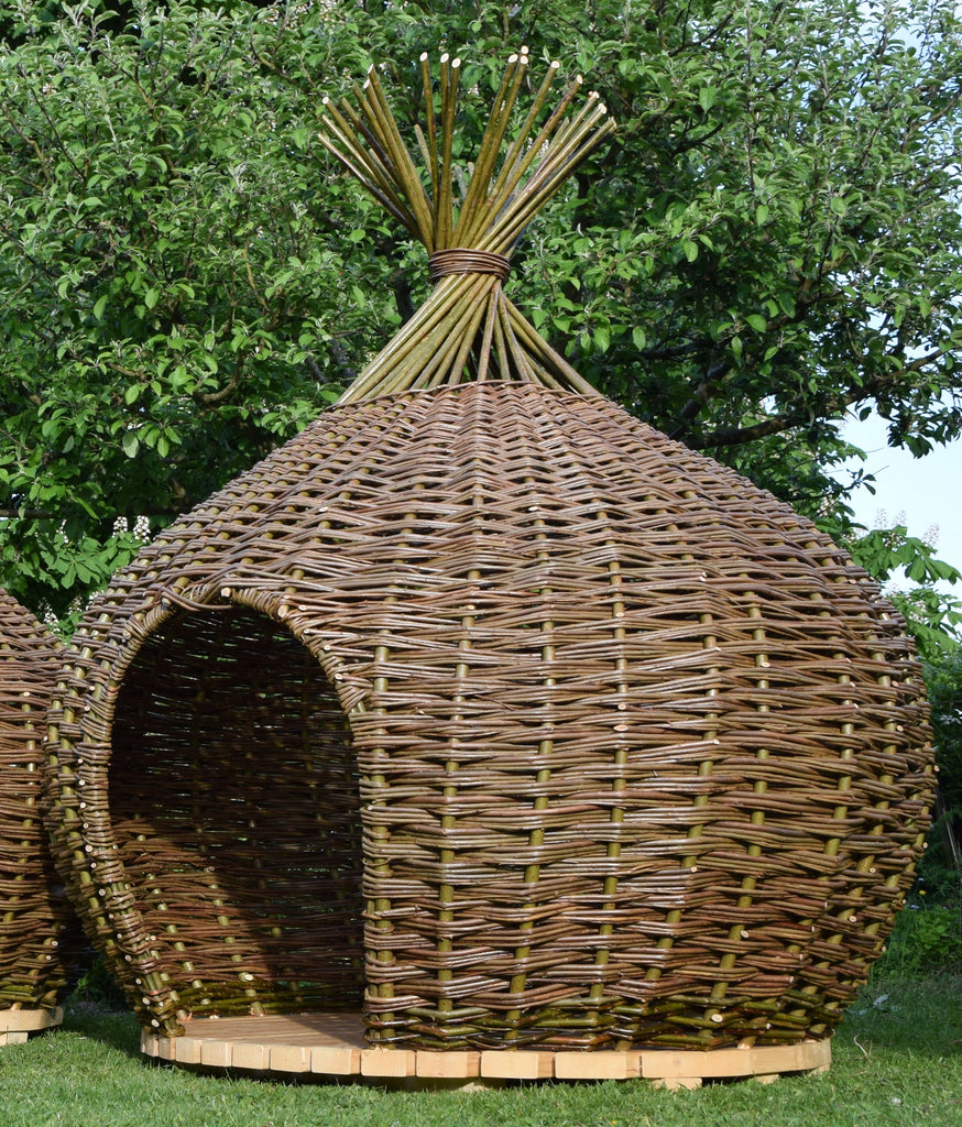Onion-shaped Den - large