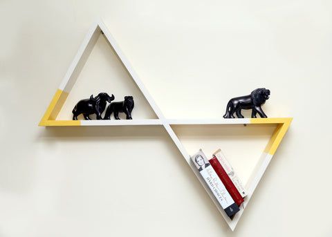 Lola Triangular Wall Shelf - Vilaasita