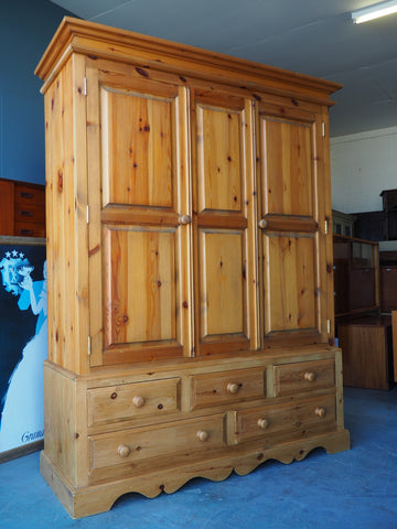 Farmhouse Style Large Two Door Pine Wardrobe with Drawers - erfmann-vintage