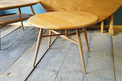 Vintage Gate Leg Ercol Elm Side Coffee Table. - erfmann-vintage