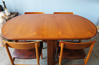 Vintage Teak Jentique Dining Table & 4 Chairs. - erfmann-vintage