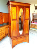 Edwardian Wardrobe in Pale Mahogany with Elegant Inlaid Detailing - erfmann-vintage
