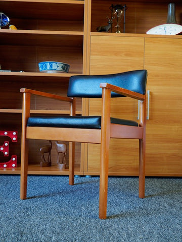 Mid Century Single Office Side Chair from Sterling Seating Arenson Int Ltd