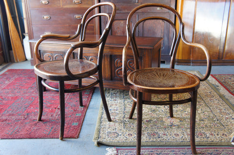 Pair of Victorian Bentwood Carver/Armchair PUB chairs - lovely worn oak - erfmann-vintage