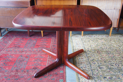 Contemporary Danish Rosewood Extendable SKOVBY Dining Table - erfmann-vintage